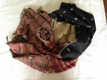 Double Sided Black Patterned Scarf
